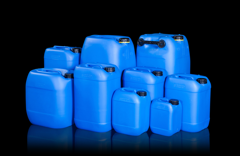 jerrycans3